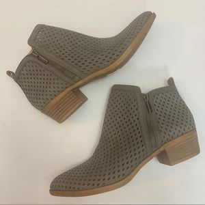 Lucky Brand Gray Leather Ankle Boots Size 9.5